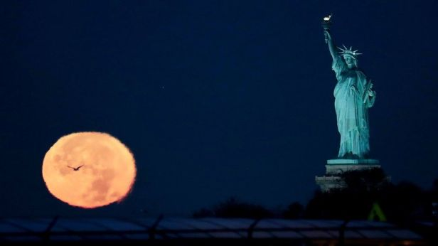super-moon-in-new-york