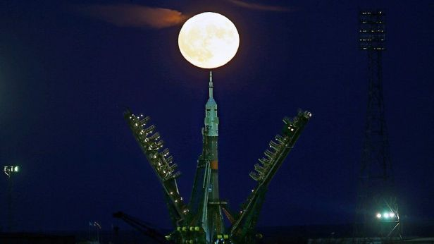 the-moon-rises-behind-a-soyuz-ms-spacecraft-at-the-russian-leased-baikonur-cosmodrome-in-kazakhstan